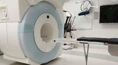 Intraoperative-MRI_Joyce_690x380pxl